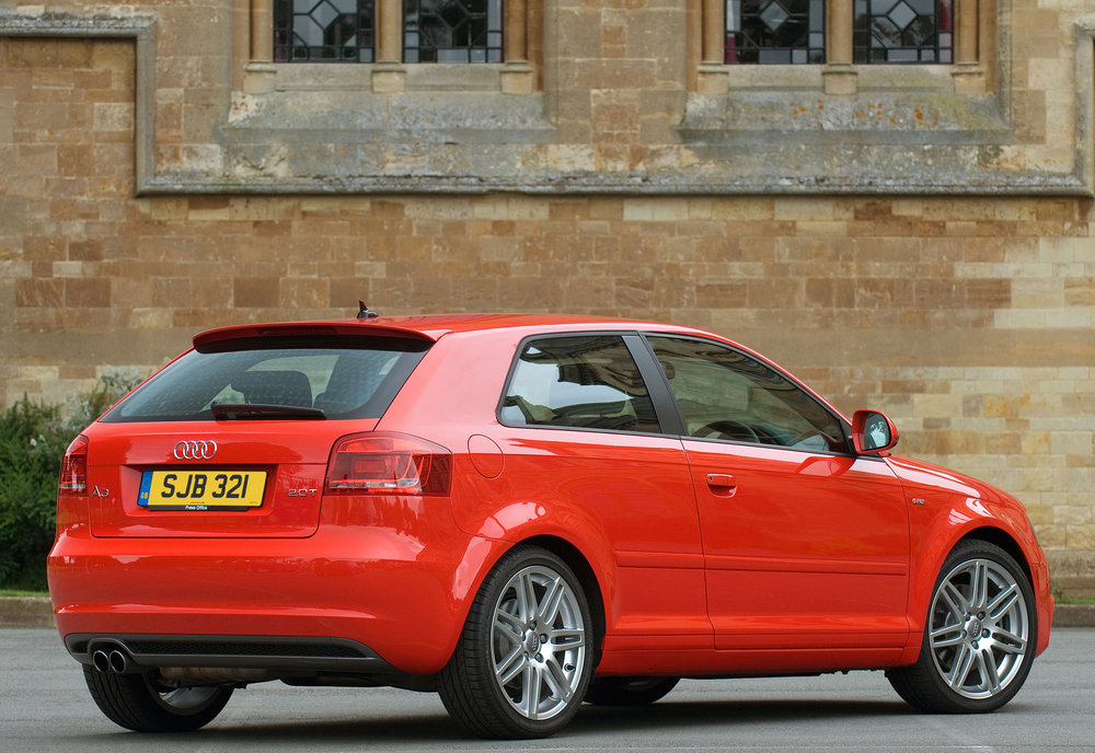 Audi A3 Mk2-07.jpg