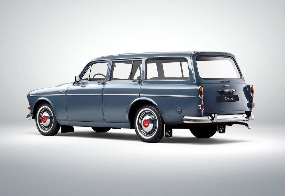 173624_Volvo_221_Amazon.jpg