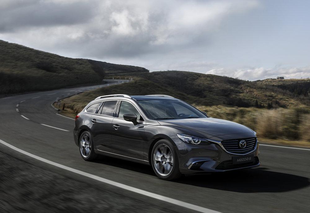 2017 Mazda6_WGN_Action (1).jpg