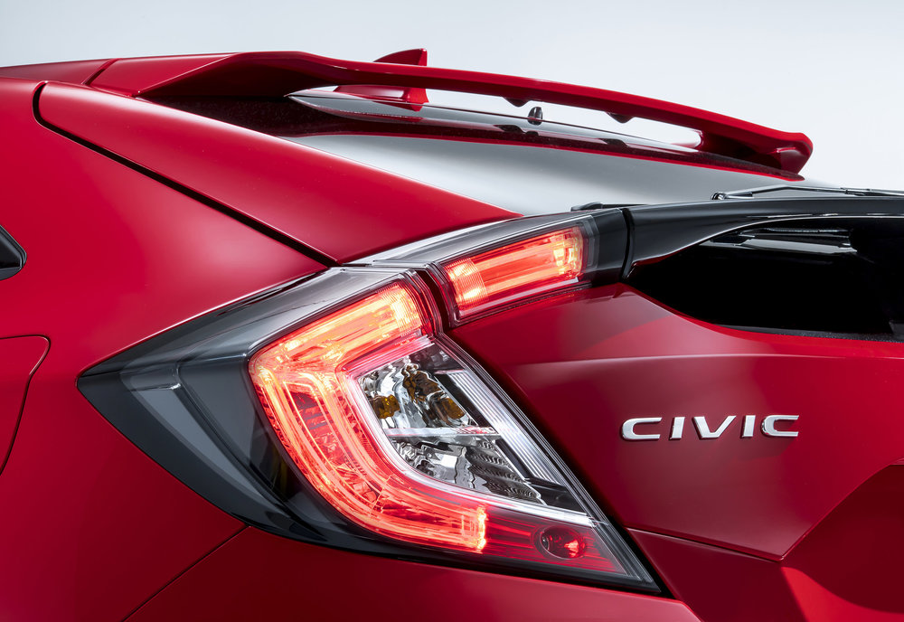 Honda_Civic_5dr_Rear_Light_Detail.jpg