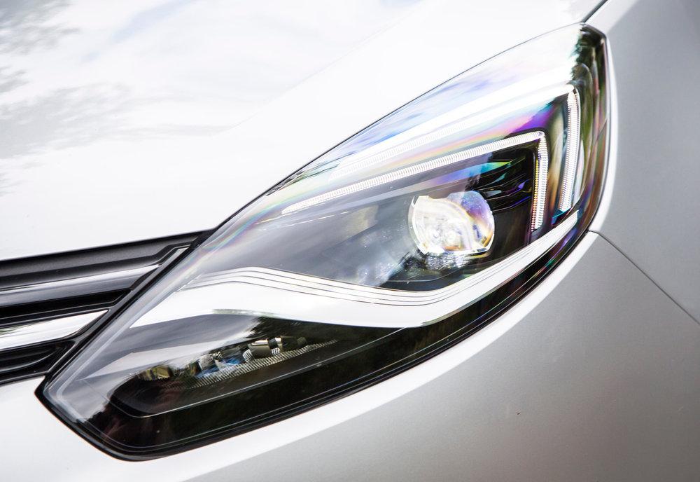 Vauxhall-Zafira-Tourer-303069.jpg