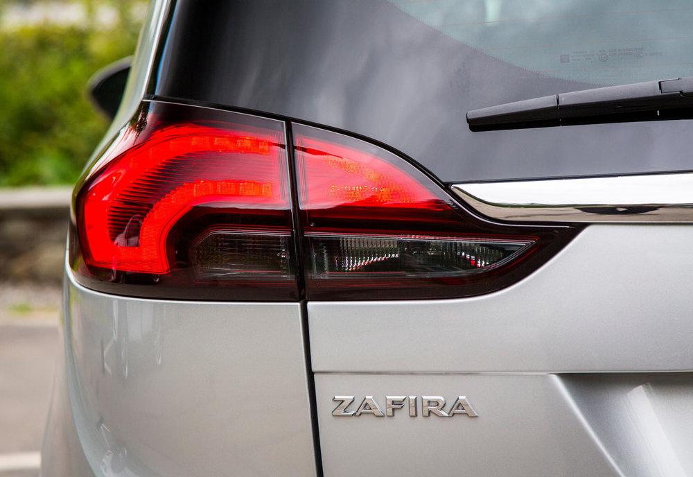 Vauxhall-Zafira-Tourer-303070.jpg