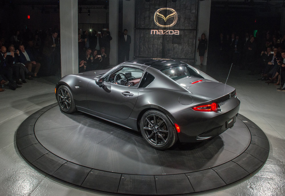 Mazda-MX-5-RF-Reveal-Event_4.jpg
