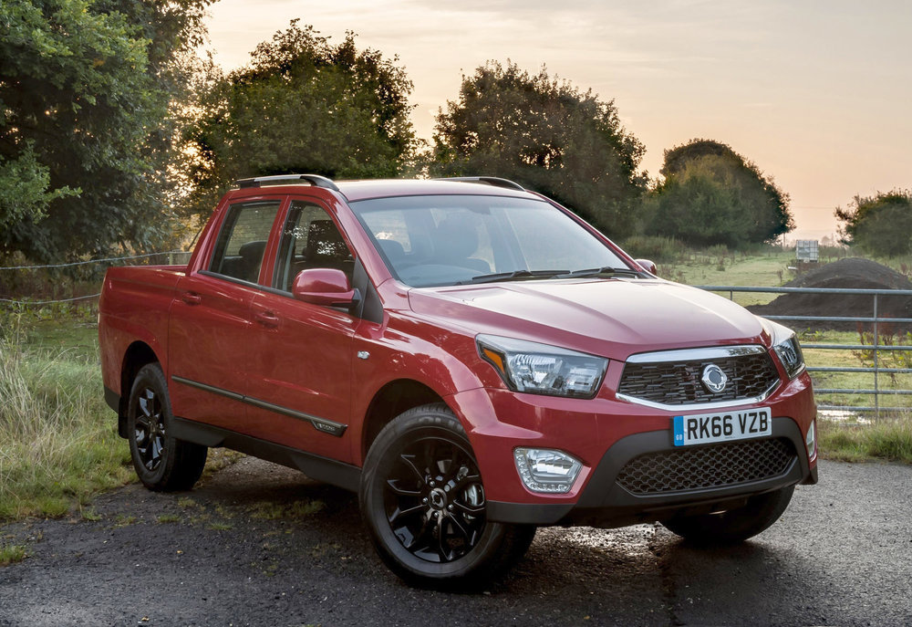 SsangYong_Musso_pick-up-3.jpg