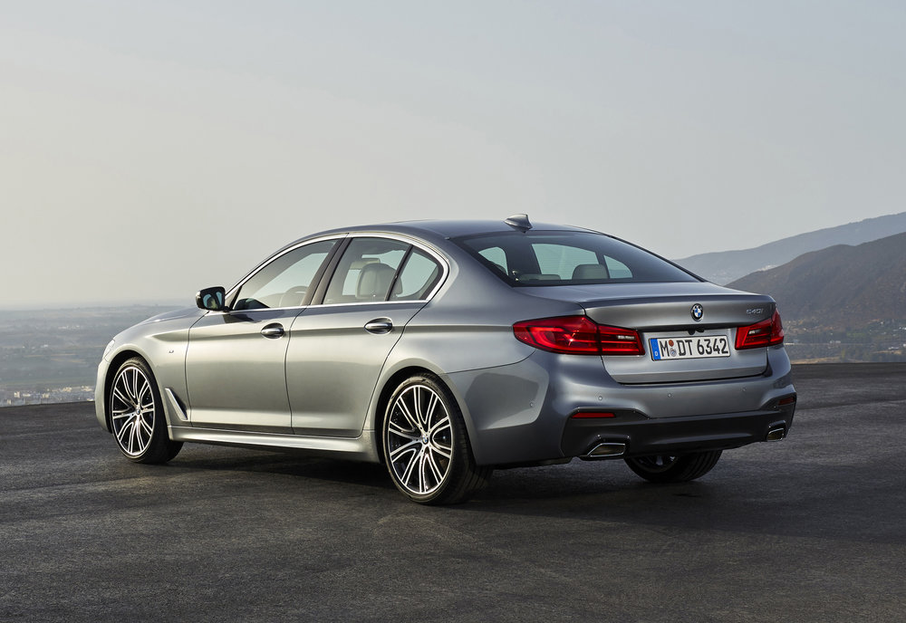 P90237225_highRes_the-new-bmw-5-series.jpg