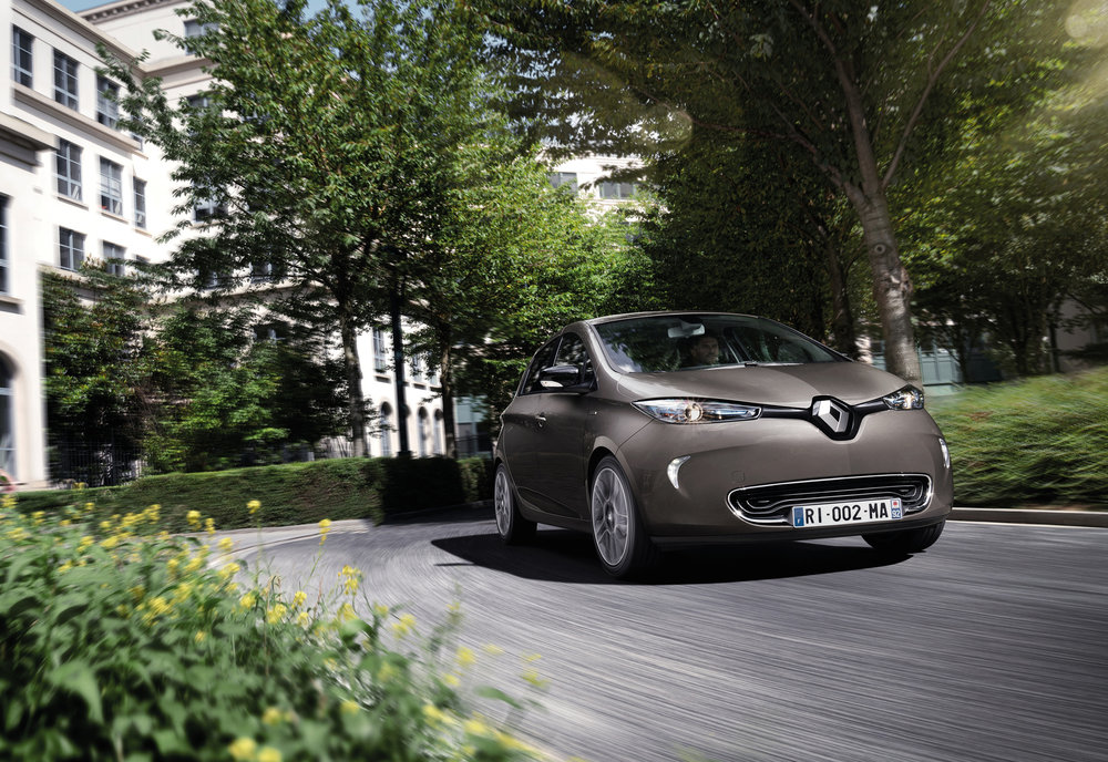 Renault announces pricing and specification for ZOE Z.E.4 EMBARGO 011116 07h00 UK time (5).JPG