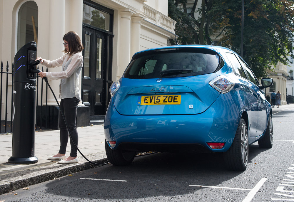 Renault announces pricing and specification for ZOE Z.E.4 EMBARGO 011116 07h00 UK time (11).jpg