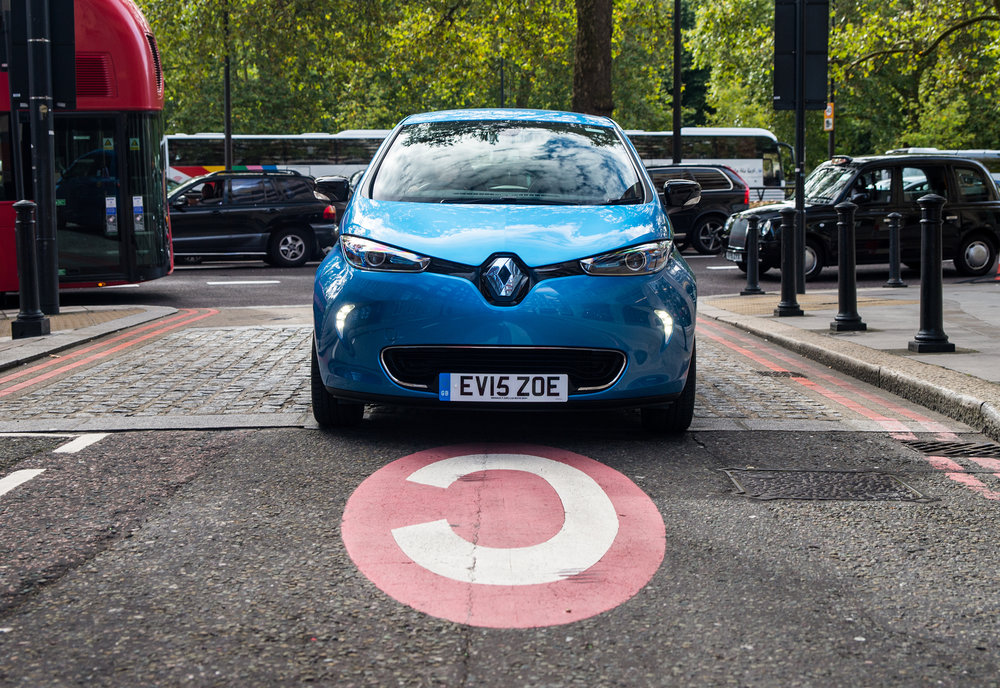 Renault announces pricing and specification for ZOE Z.E.4 EMBARGO 011116 07h00 UK time (1).jpg