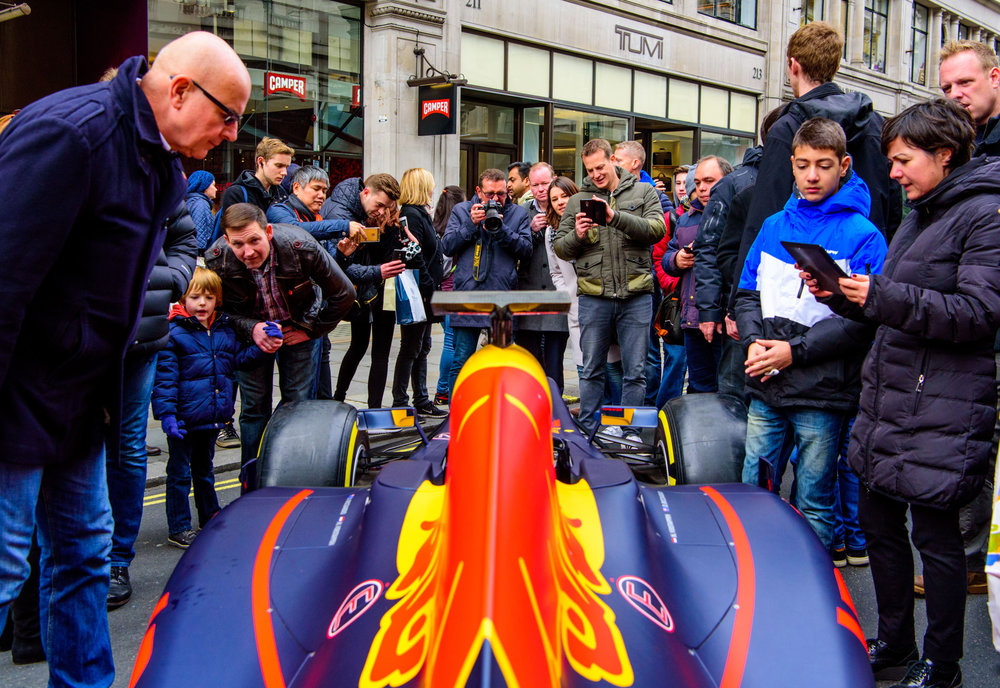 Red-Bull-F1-car-at-Regent-Street-Motor-Show.jpg