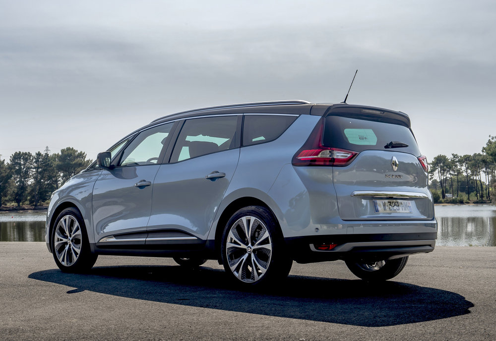 Renault-announces-pricing-and-specification-of-All-New-Scenic-and-Grand-Scenic-(3).jpg
