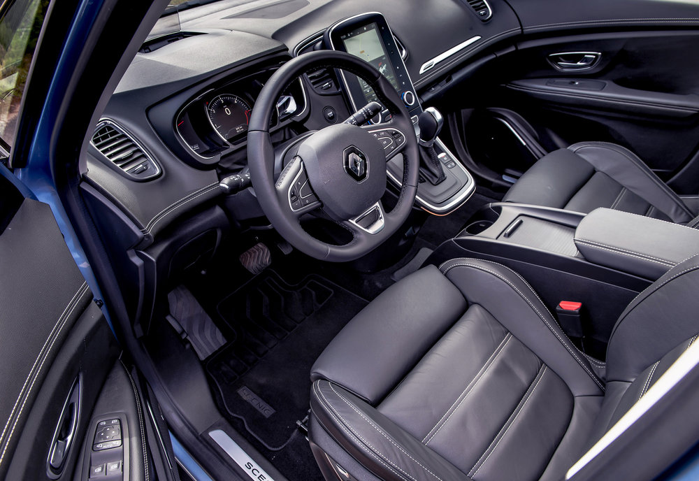 Renault-announces-pricing-and-specification-of-All-New-Scenic-and-Grand-Scenic-(6).jpg