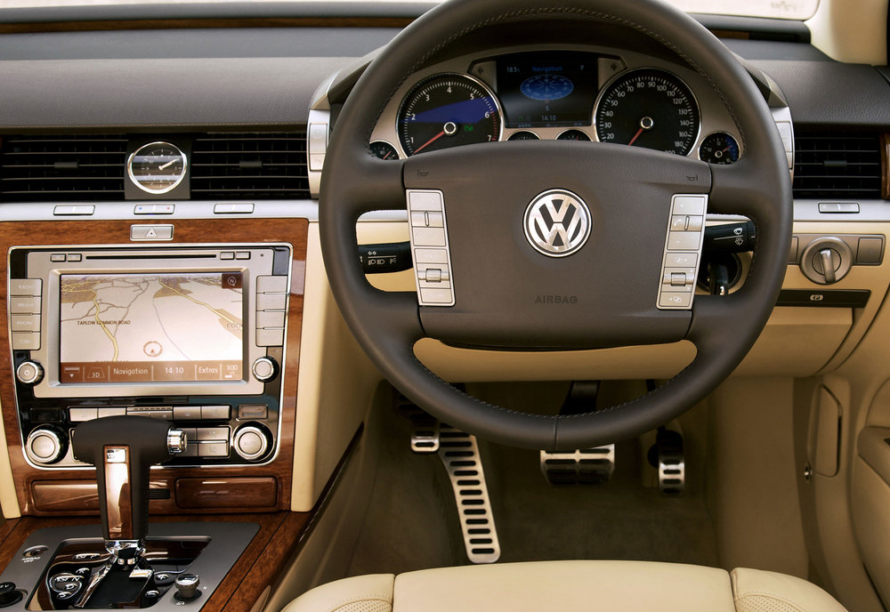 VW-Phaeton-17.jpg