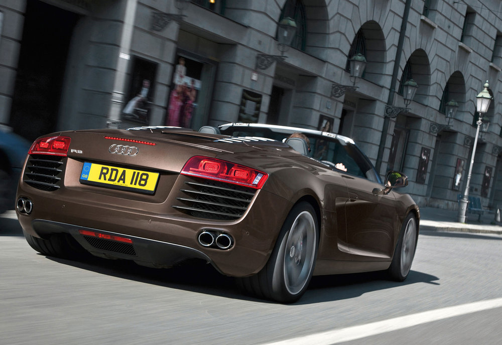 Audi R8 MkI 17.jpg
