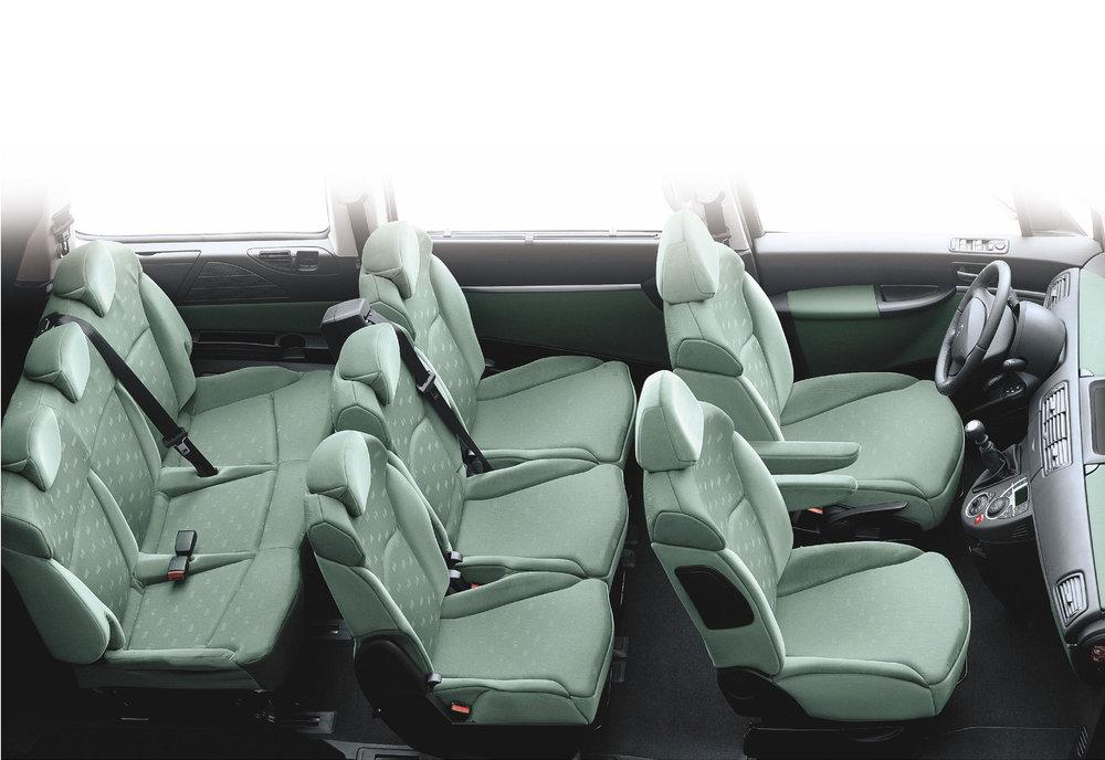 Peugeot 807 07.jpg