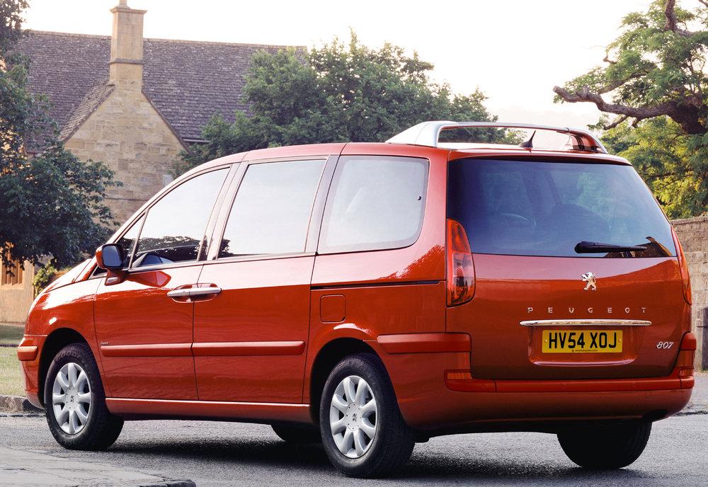 Peugeot 807 11.jpg