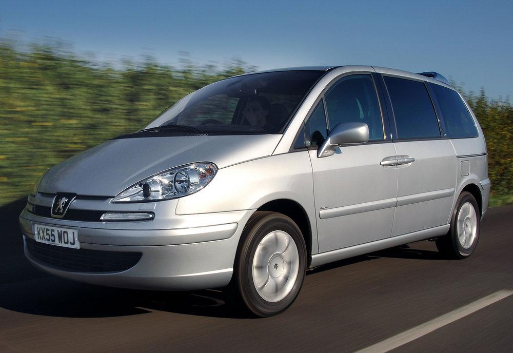 Peugeot 807 17.jpg