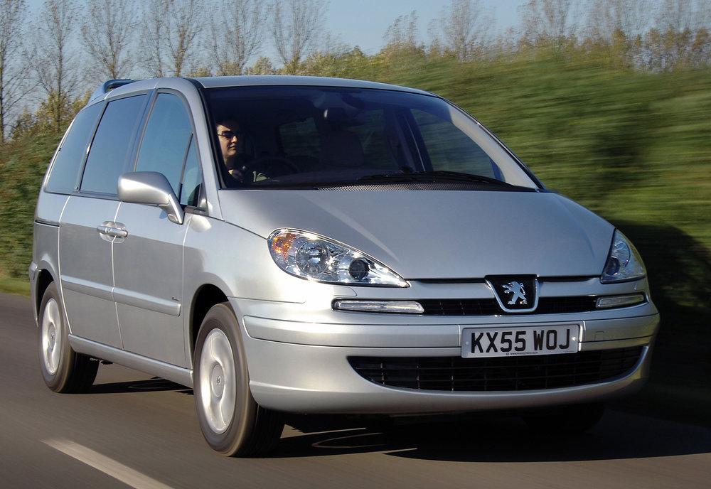 Peugeot 807 19.jpg