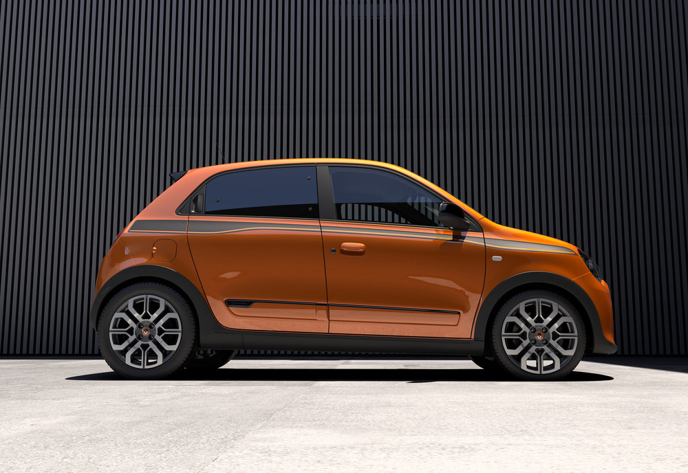 Renault-Twingo-GT-(2).jpg