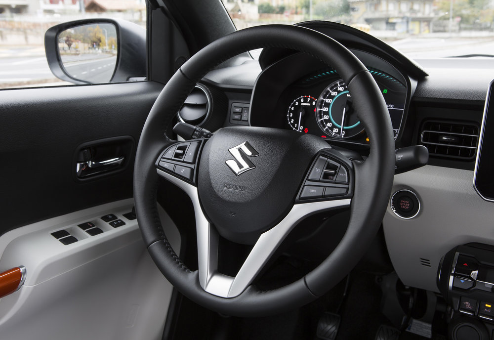 Interior---Steering-Wheel.jpg