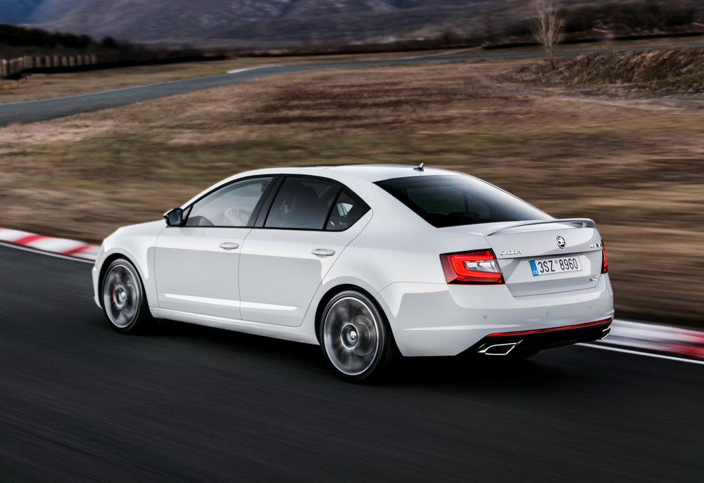 Octavia-vRS-hatch-rear.jpg