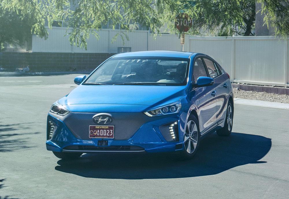 Hyundai-Motor-to-Showcase-Vision-for-Future-Mobility_Ioniq-Autonomous-Concept_5.jpg