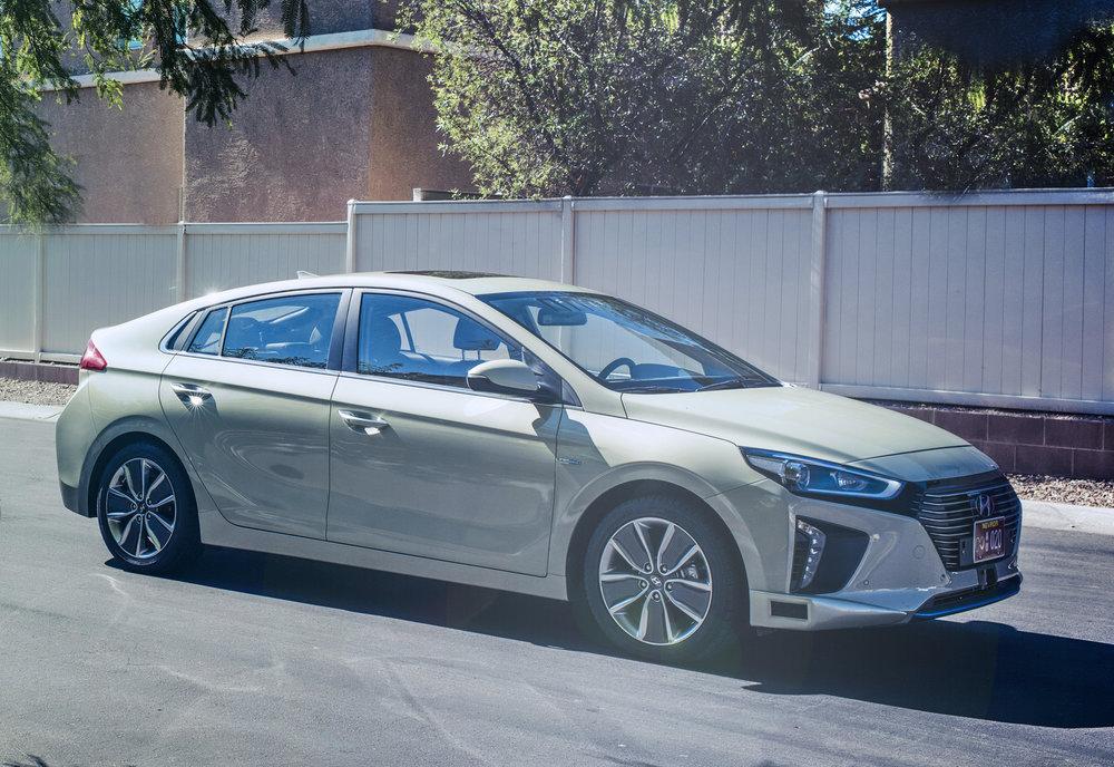 Hyundai-Showcase-Vision-for-Future-Mobility_Ioniq-Autonomous-Concept_5.jpg