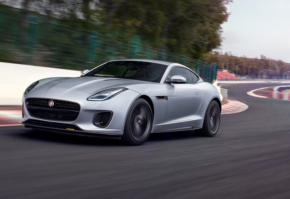 JAGUAR_F-TYPE_18MY_400S_051216_0900_GMT_Location_Exterior_02.jpg
