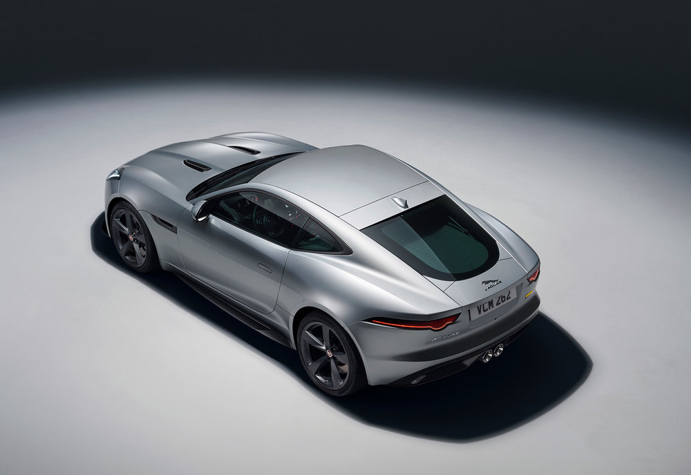 JAGUAR_F-TYPE_18MY_400S_051216_0900_GMT_Studio_Exterior_02.jpg