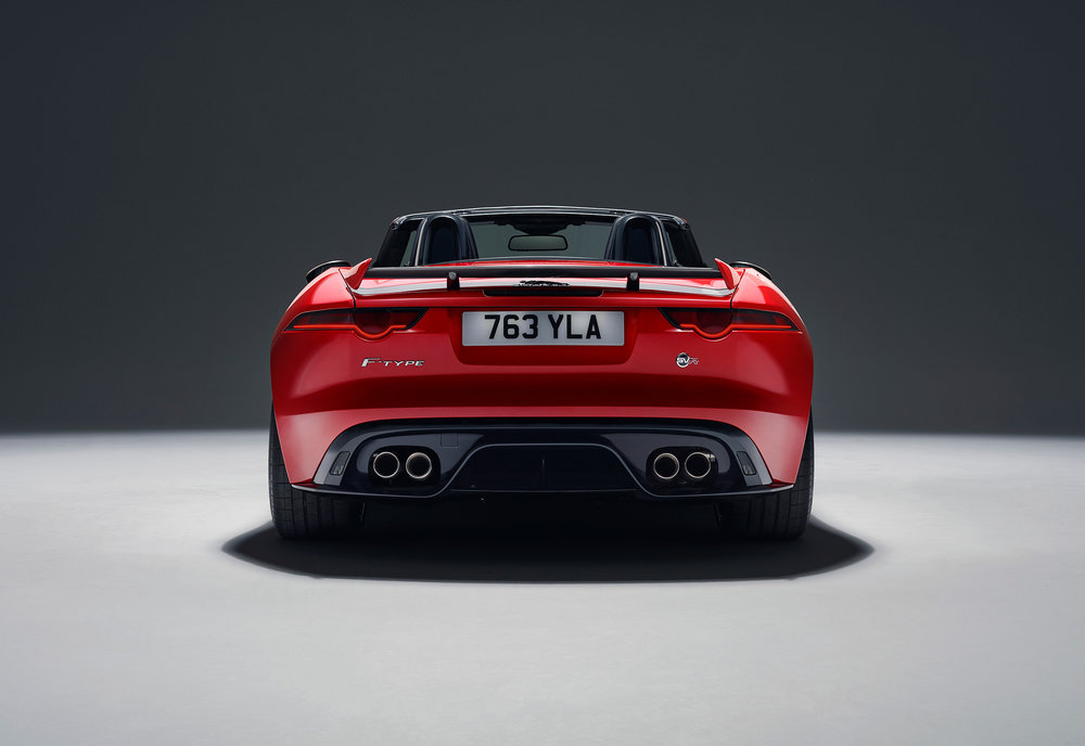 JAGUAR_F-TYPE_18MY_SVRConvertible_051216_0900_GMT_Studio_Exterior_02.jpg