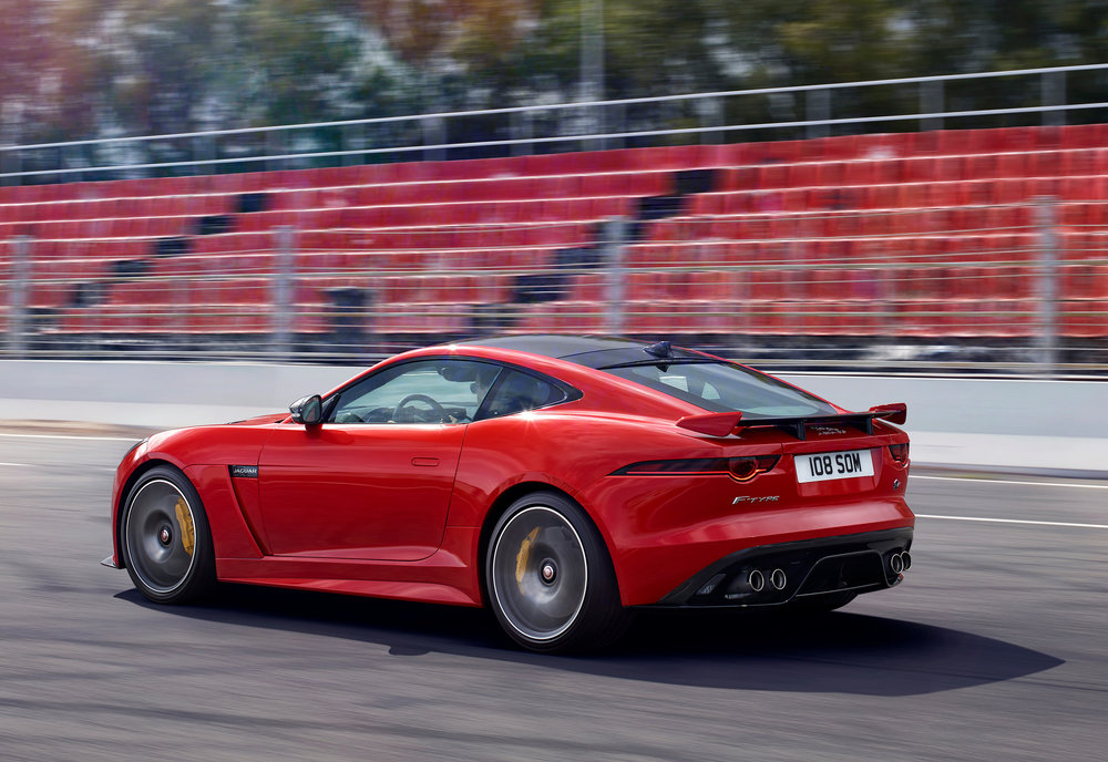 JAGUAR_F-TYPE_18MY_SVRCoupe_051216_0900_GMT_Location_Exterior_01.jpg