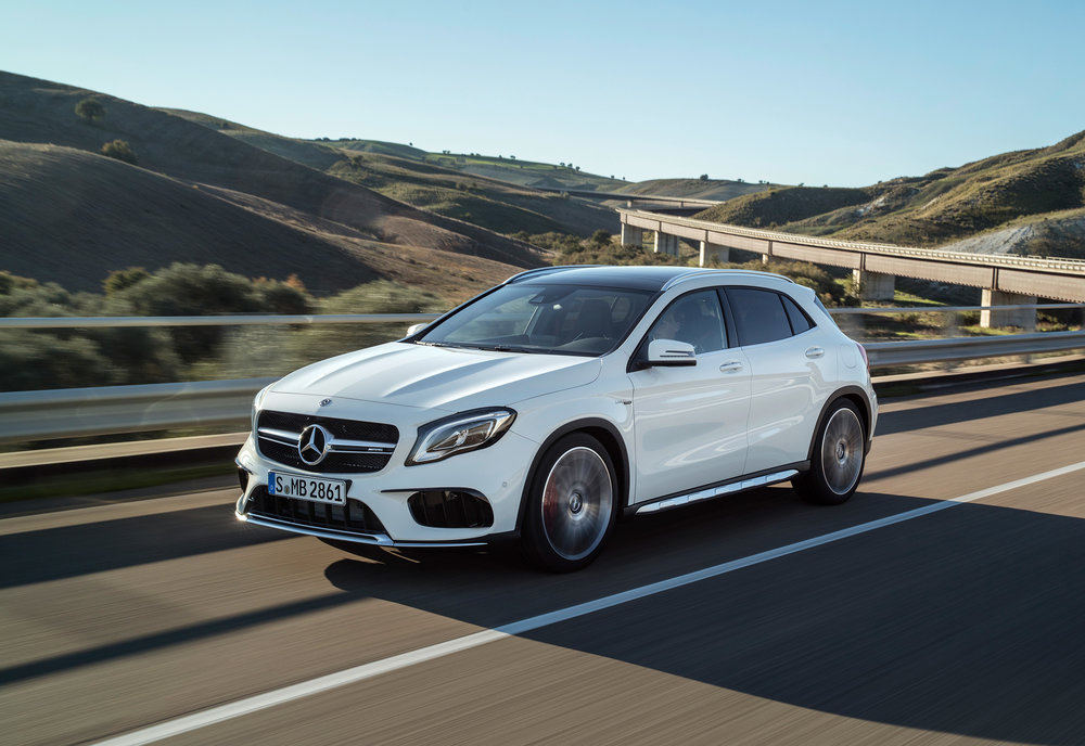 Mercedes-AMG-GLA-45-ext.jpg