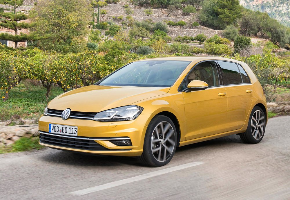 New-Volkswagen-Golf-(6).jpg