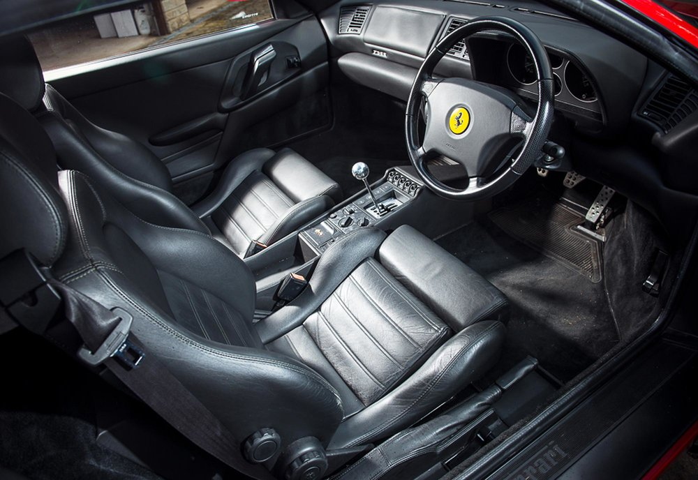 1998-Ferrari-F355-Berlinetta-interior-HR.jpg
