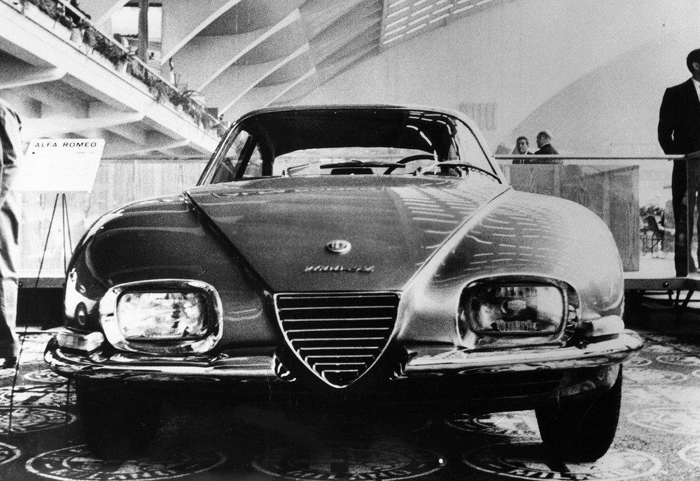 170206_Heritage_Alfa_Romeo_2600_SZ_Prototipo_1.jpg