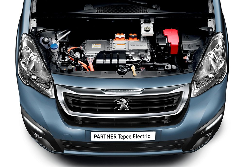 PEUGEOT_PARTNERELECTRIC_1610BJF_004.jpg