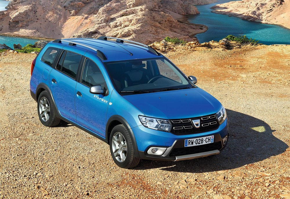 New-Logan-MCV-Stepway---EMBARGO-08h00-220217-(2).jpg