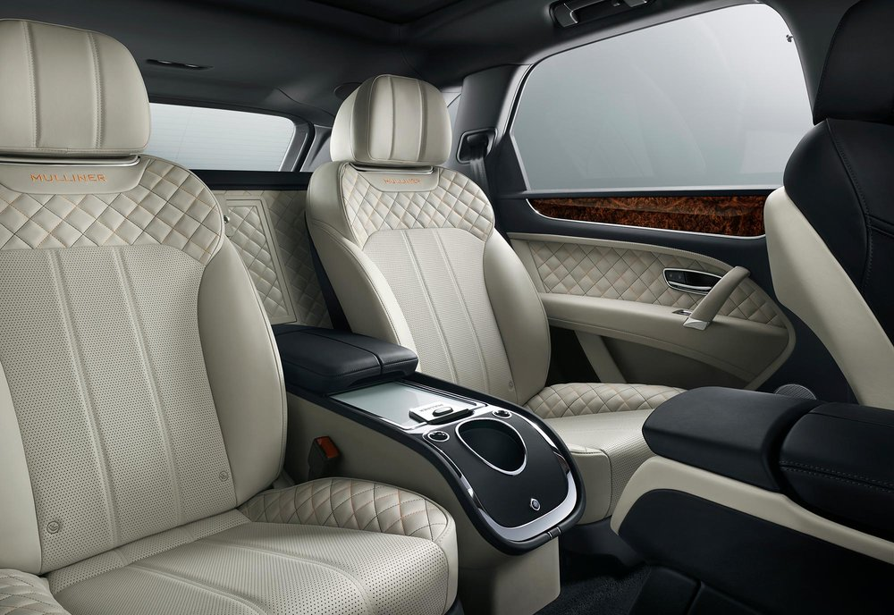 Bentayga_Mulliner_Rear_Interior_no-bottle.jpg
