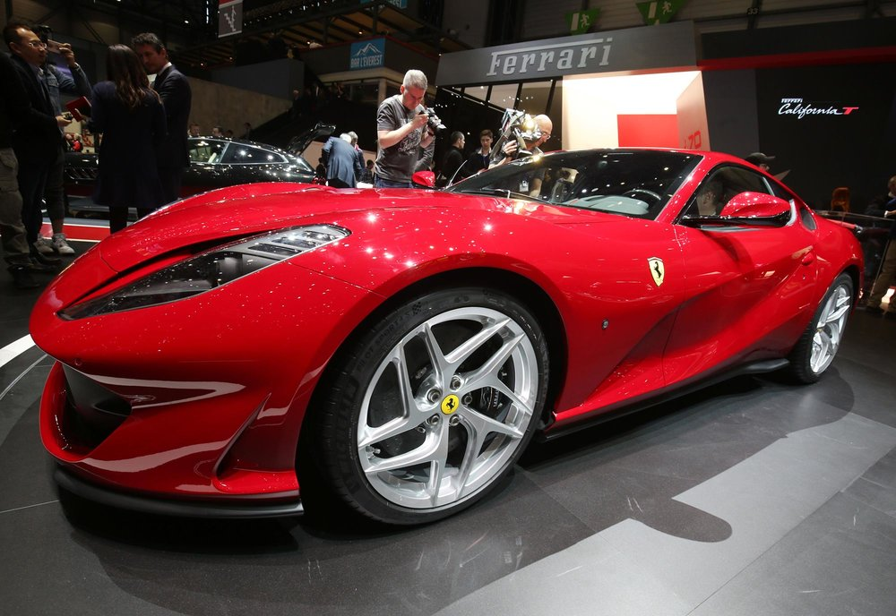Ferrari-812-Superfast2.jpg
