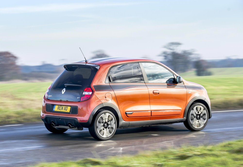 Renault_Twingo_GT_-_UK_-_Dec_2016_(21).JPG