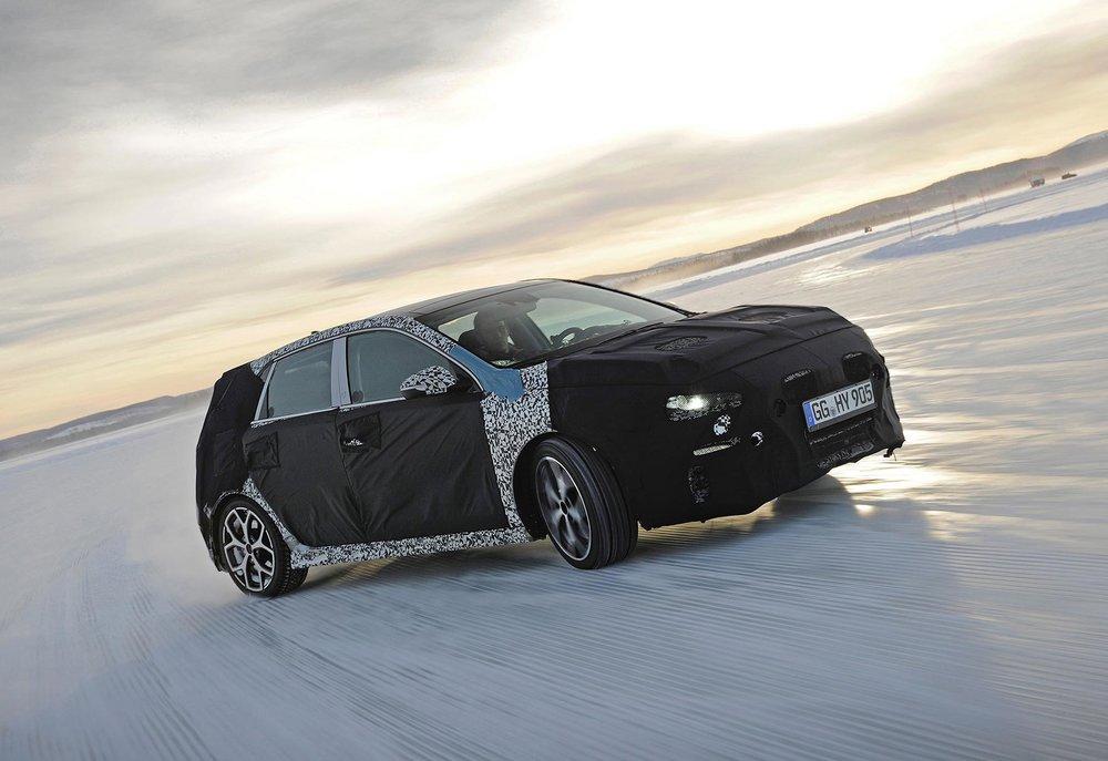 Hyundai-i30-N-Winter-Testing-Sweden_2.jpg