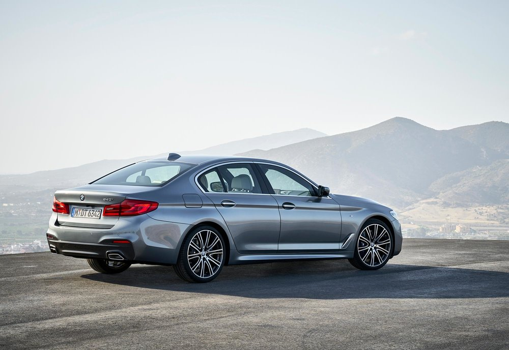 P90237217_highRes_the-new-bmw-5-series.jpg