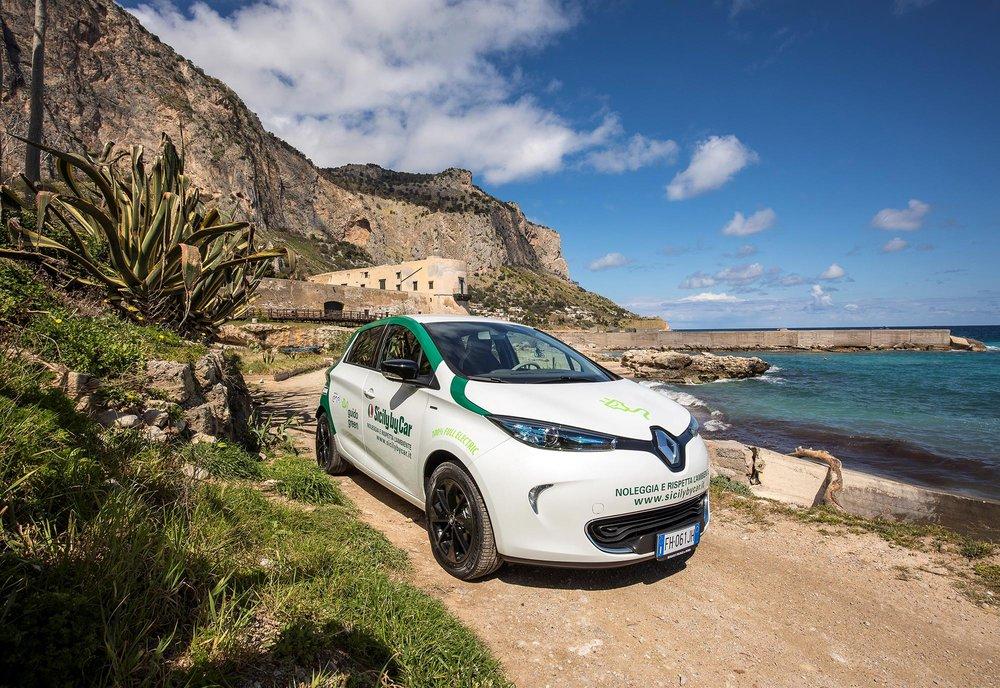 Renault_88992_global_en.jpg
