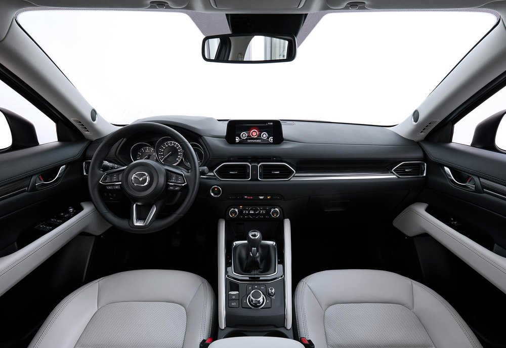 CX-5_Geneva_Interior_white-1.jpg
