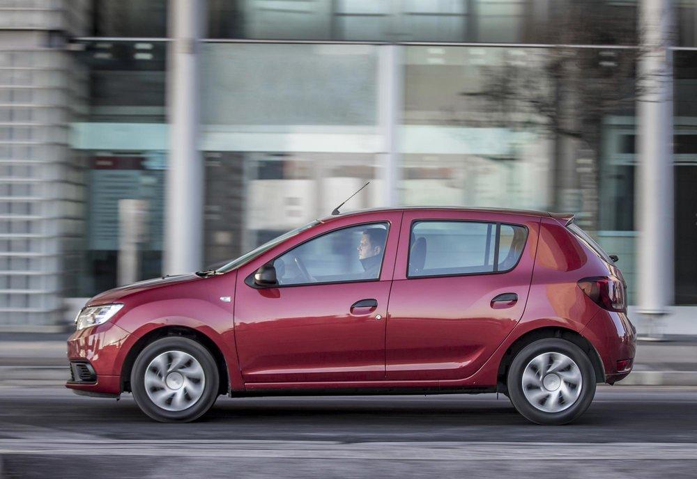 New-Dacia-Sandero-Ambiance-dCi-90-(8).jpg