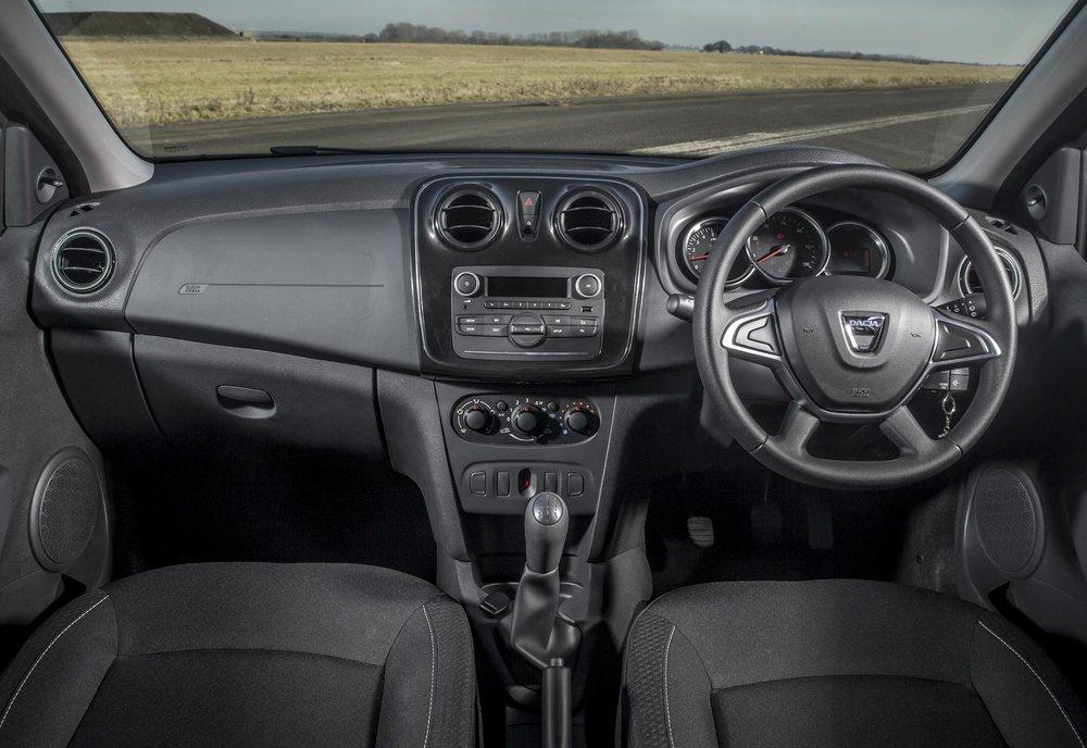New-Dacia-Sandero-Ambiance-dCi-90-(10).jpg