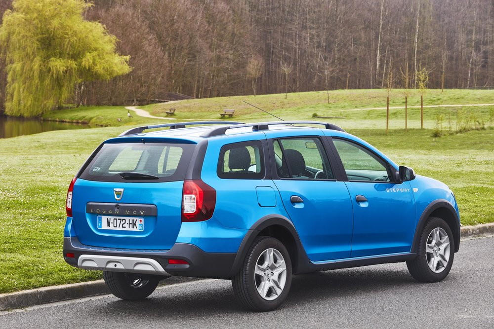Dacia announces Logan MCV Stepway UK pricing specification EMBARGO 09h00 020517 (2).JPG