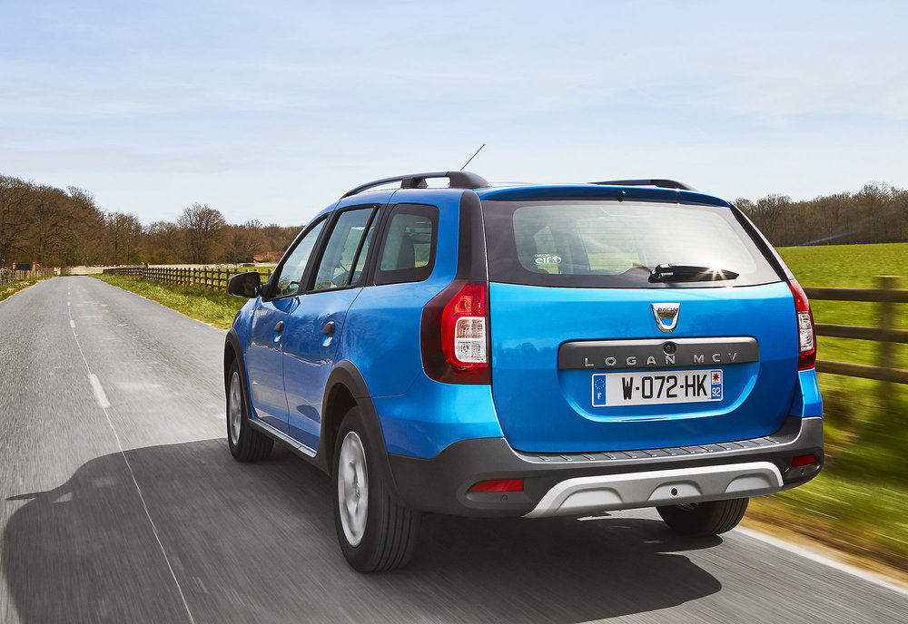 Dacia-announces-Logan-MCV-Stepway-UK-pricing-specification-EMBARGO-09h00-020517-(6).jpg