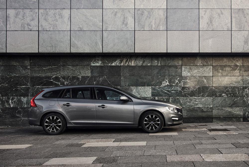 207814_Volvo_V60_Business_Edition_Lux.jpg