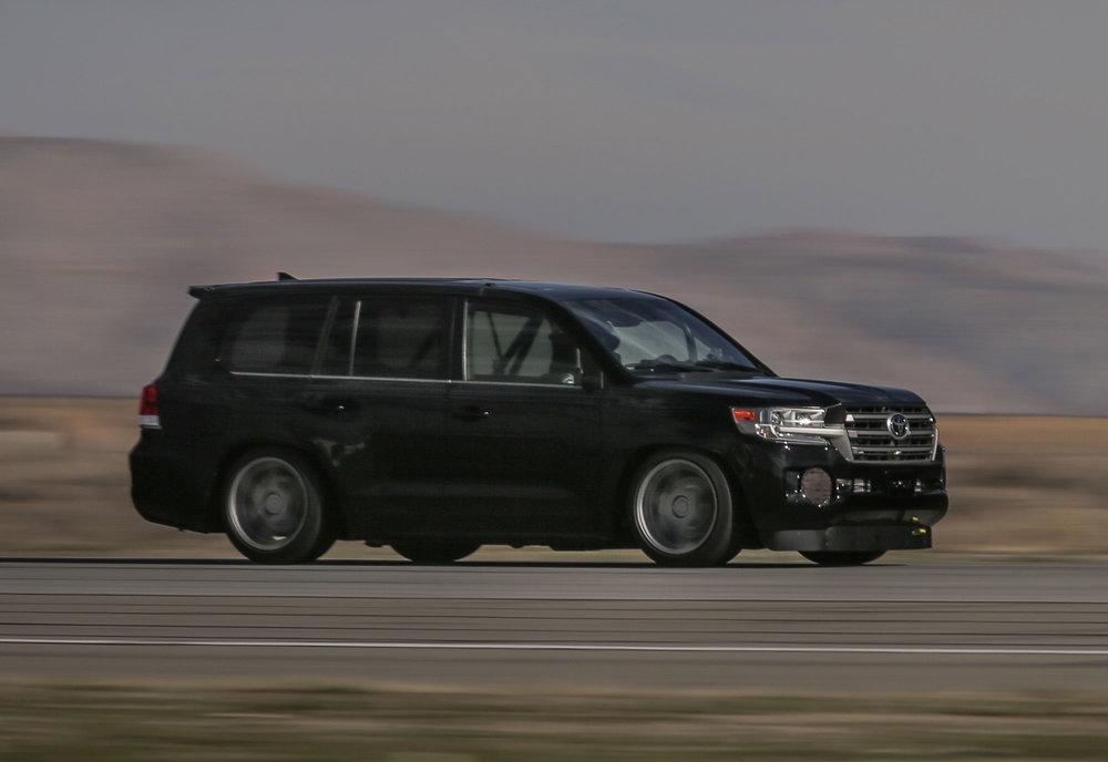 Toyota.LSC_.Mojave.Hi_.Res_.9.jpg