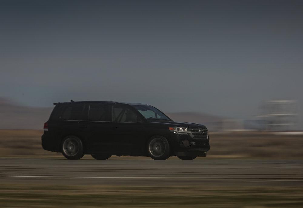 Toyota.LSC_.Mojave.Hi_.Res_.14.jpg